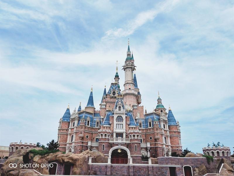 OPPO R15:上海迪士尼。讓每個小眼神都擁有魔幻的一天
